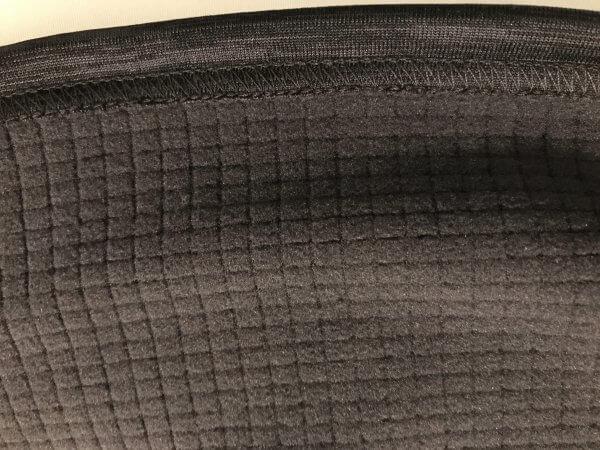 ワークマン(WORKMAN)購入商品ブロックフリース長袖ハイネックの裏面画像