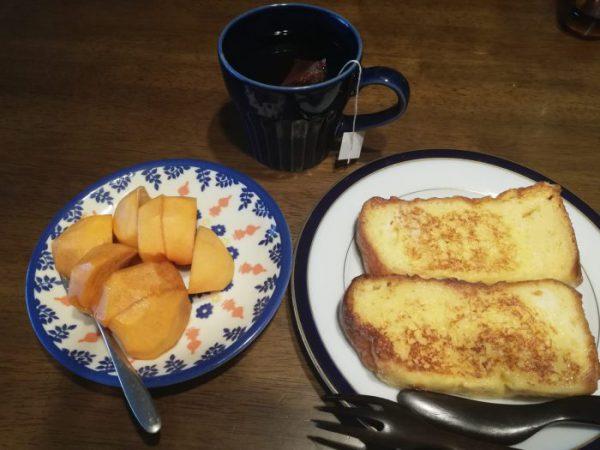 フレンチトーストと柿