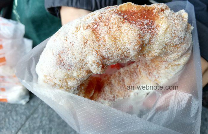 台北ドーナツ「脆皮鮮奶甜甜圈」プレーン味
