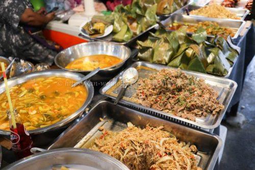 タイ バンコク旅行 サマゴーン市場 キッチン雑貨 食べ物