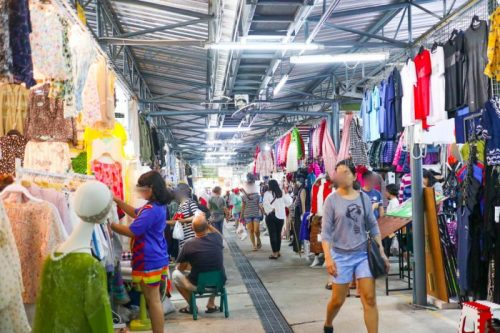 タイ バンコク旅行 サマゴーン市場 キッチン雑貨 ファッション 服