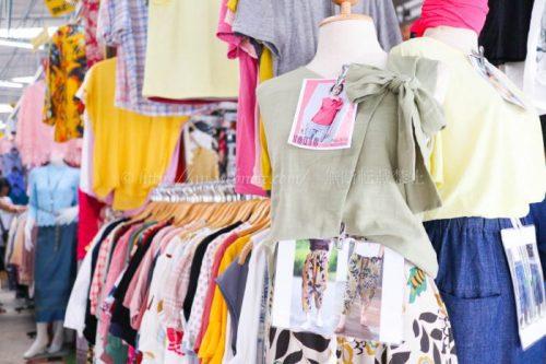 タイ バンコク旅行 サマゴーン市場 ファッション 服