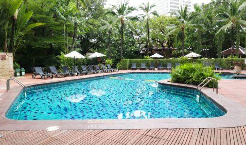 バンコク旅行 おすすめホテル センタラ グランド アット セントラル プラザ ラープラオ バンコク プール